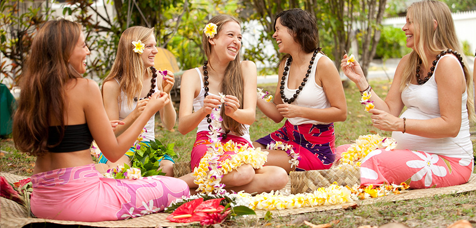 Lei Making, Hula Lessons Hawaii,